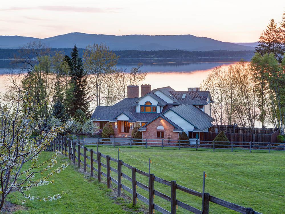 Flathead Lake Estate Auction