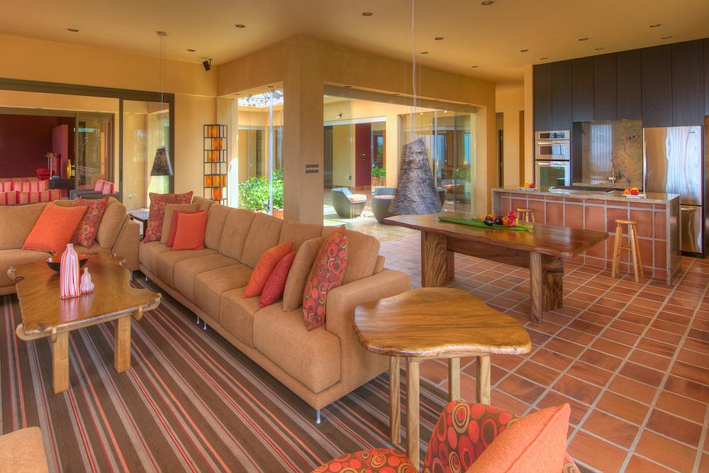 Luxury Mansion 272